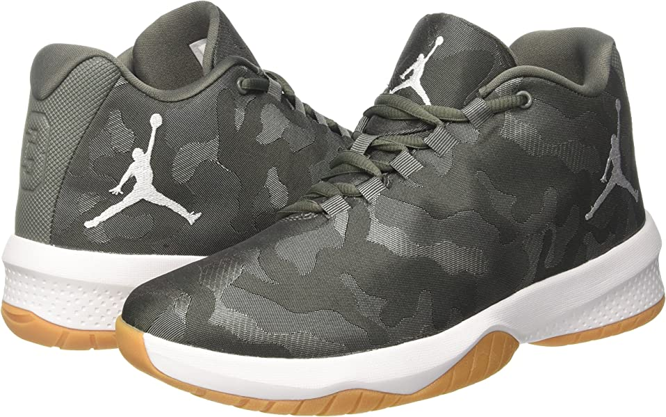 954fb90d0ff1fd Jordan Mens B.Fly Round Toe Lace-Up Basketball Shoes