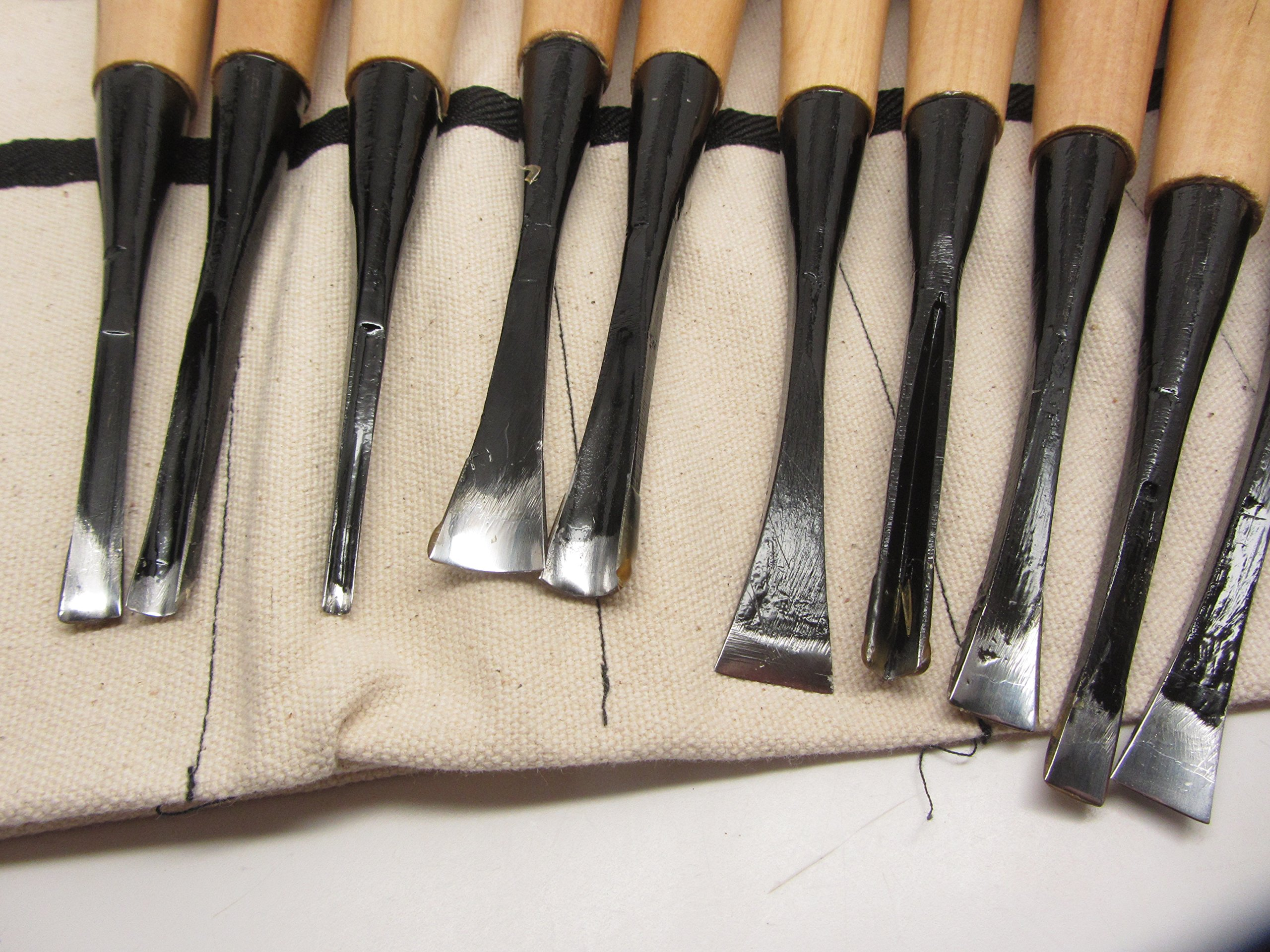 10pc Mastercarver Basic Wood Carving Tools Set w/Canvas Roll 401004 by UJ Ramelson Co