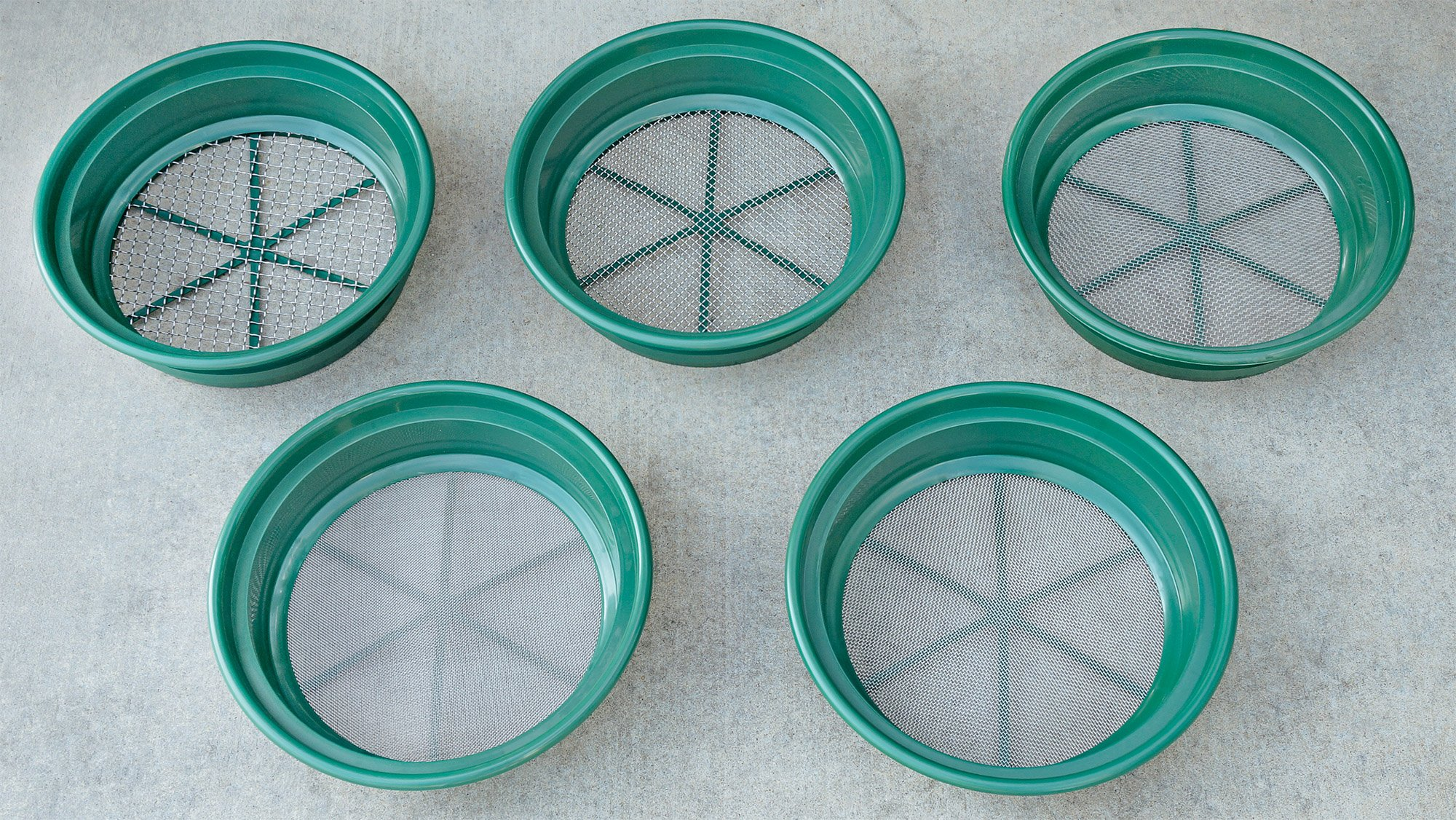 SE GP2-5 SET 5-Piece Set of Patented Stackable 13-¼'' Sifting Pans by SE (Image #3)
