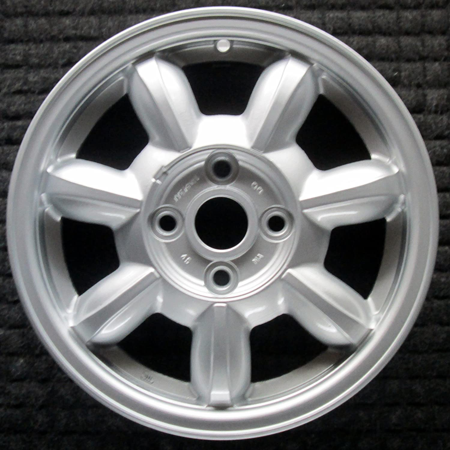 64125 Reconditioned OEM Factory Aluminum 17x7.5 Wheel Painted Silver