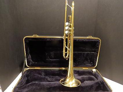 Vincent Bach TR300H2 Student trumpet, lacquer finish.
