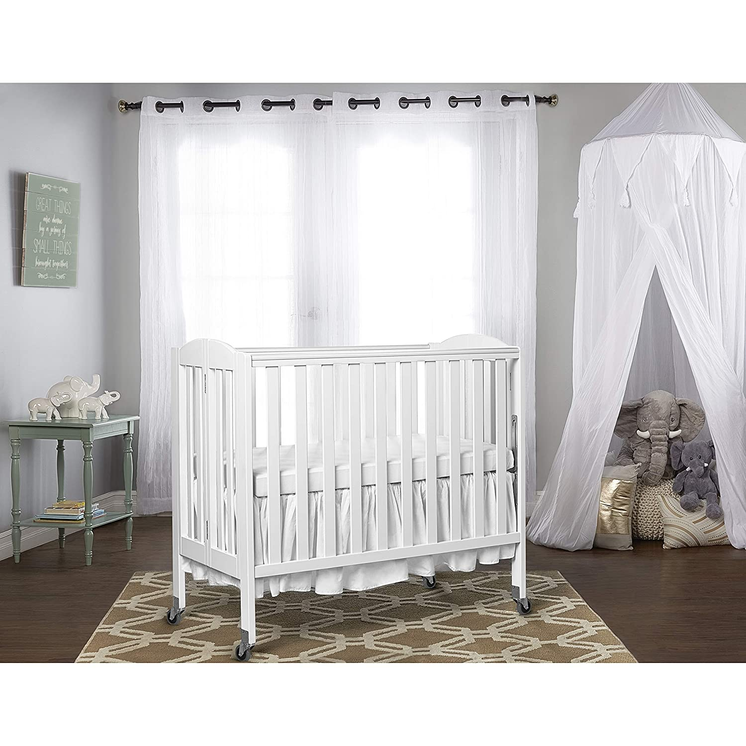 Dream On Me 3-in-1 Folding Portable Crib, White, Large