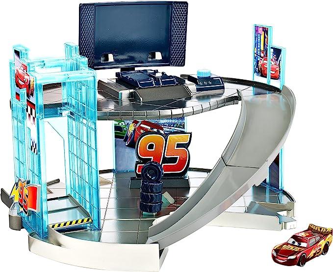 Mattel Disney Pixar Cars 3 - Rust-Eze Racing Centre Playset: Amazon.es: Juguetes y juegos