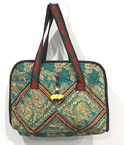 Amazon.com  Shoulder bags 545d2398d0561