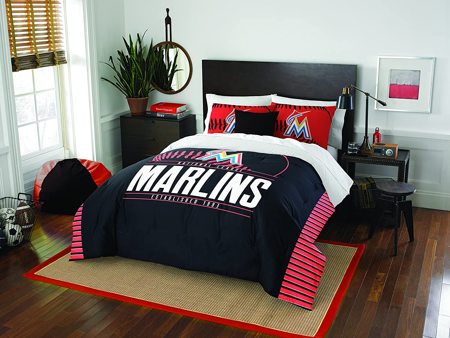"Officially Licensed MLB Full/Queen Grand Slam Comforter & Sham Bedding, Soft & Cozy, Washable, Throws & Bedding, 86"" x 86"""