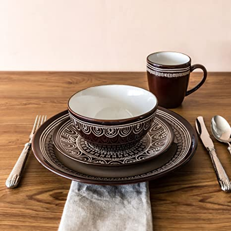 Better Homes and Gardens Medallion 16 Piece Dinnerware Set (Brown) & Amazon.com | Better Homes and Gardens Medallion 16 Piece Dinnerware ...