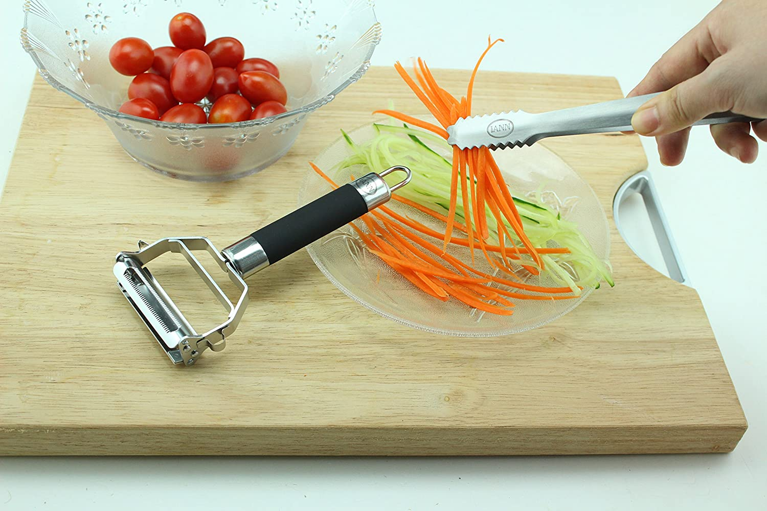 Safety Rubber Grip 2 in 1 Julienne Tool /& Vegetable Peeler Serving Tongs COMINHKPR70334 ss