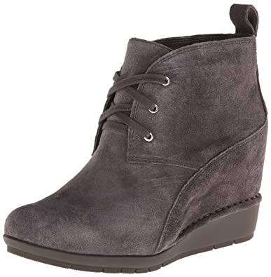 faceb0caf9676 Rockport Women's Total Motion 80mm Desert Boot - Lace Up Eiffel Tower  Nubuck/Grey 5.5
