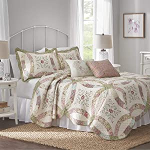 Nostalgia Home Eve Quilt, Full/Queen, Multi
