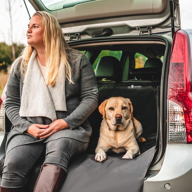 Impermeabile Jeff Wetnooze Protezione per Bagagliaio per Cani Versione 2019 Protezione paraurti Auto con Parti Laterali e Spazzola per depilazione.