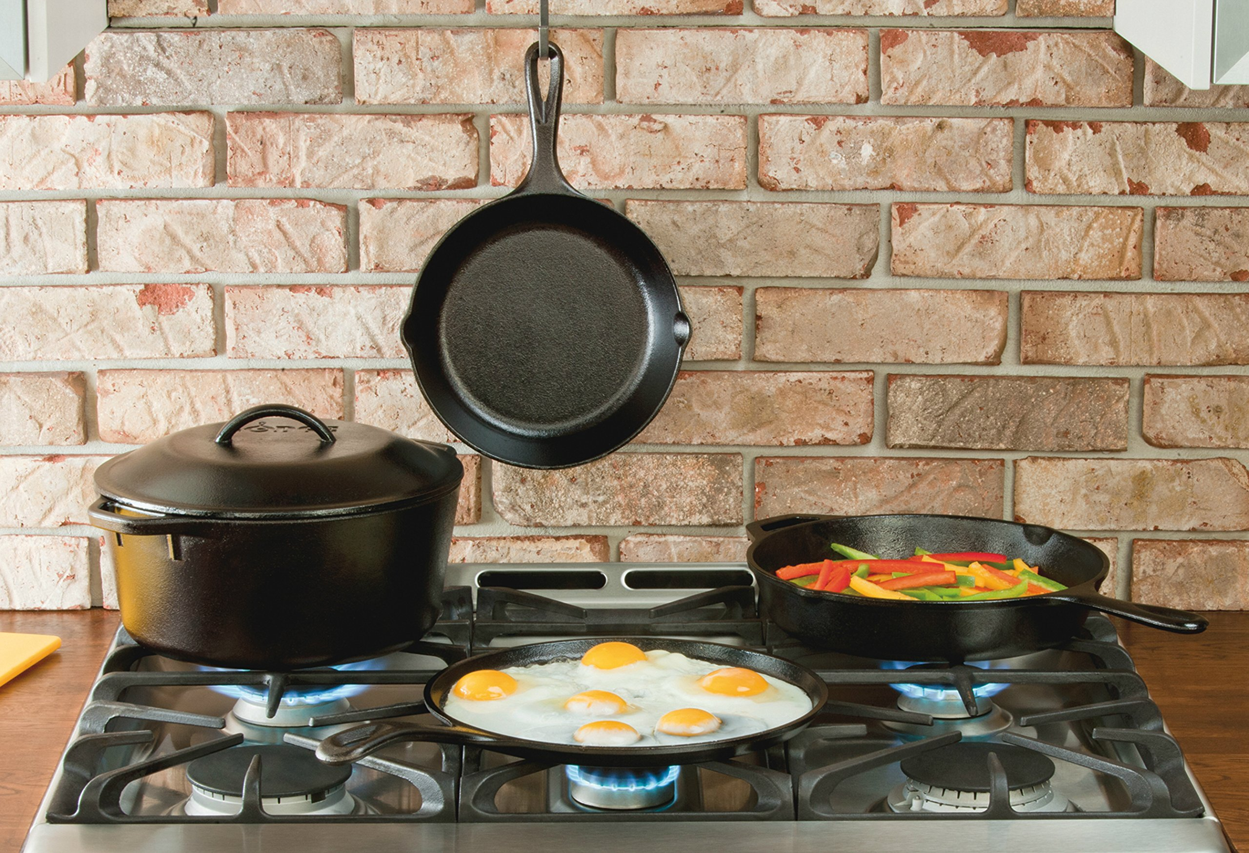 "Lodge Seasoned Cast Iron 5 Piece Bundle. 10.5"" Griddle, 8"" Skillet, 10.25"" Skillet, 10.25"" Dutch Oven, and 10.25"" Lid by Lodge (Image #2)"