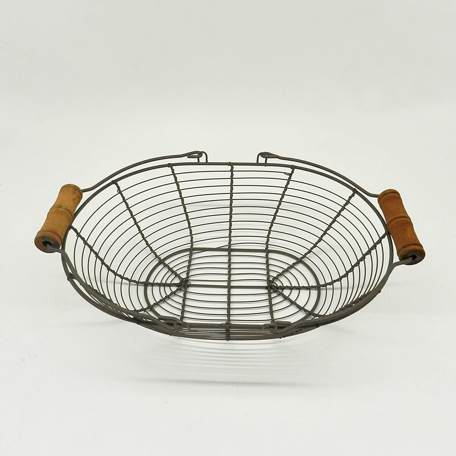 Amazon.com - CVHOMEDECO. Oval Metal Wire Egg Basket Wire Basket with ...
