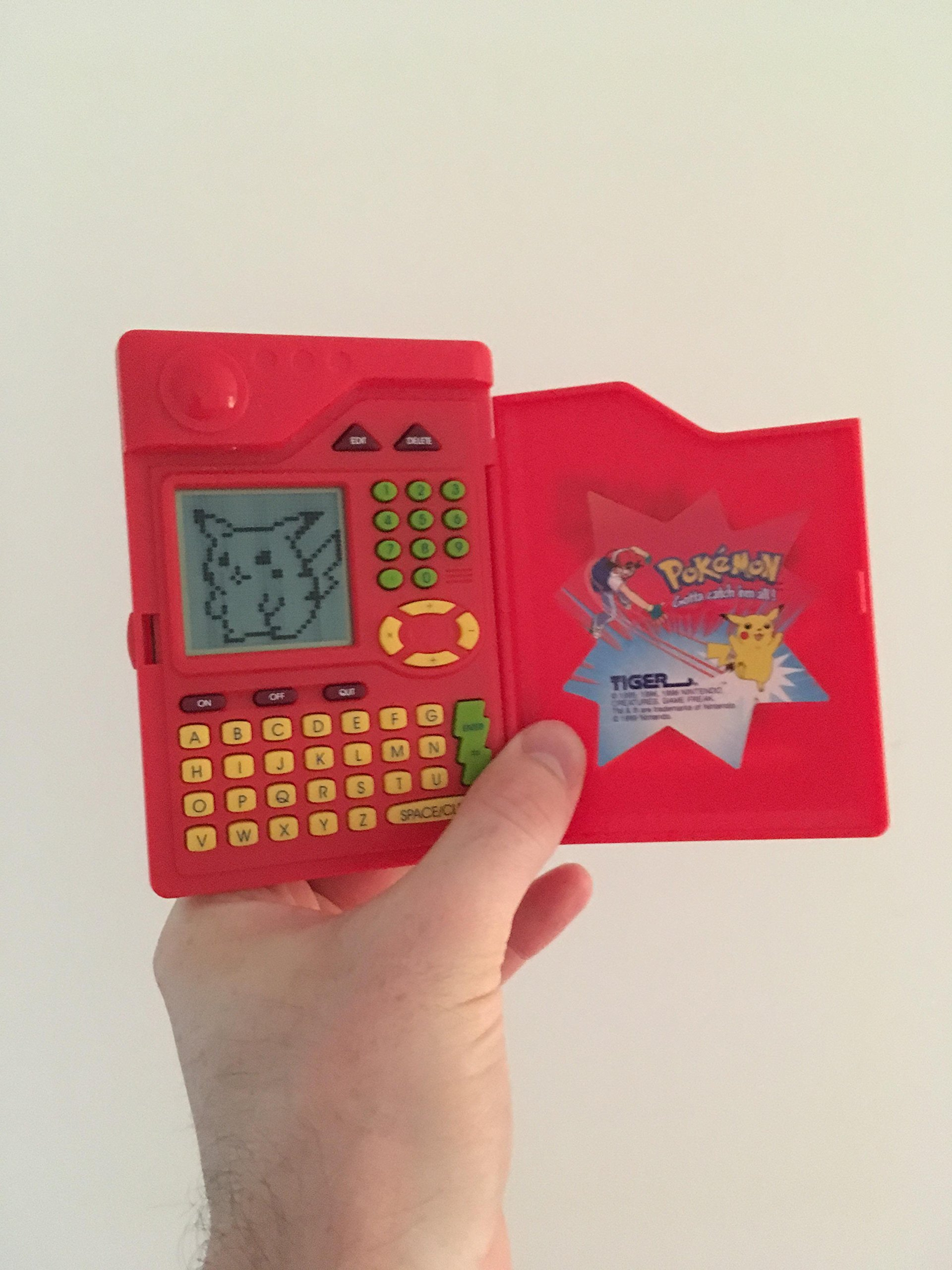 Pokemon Pokedex Organizer Electronic Handheld Game by Tiger Electronics