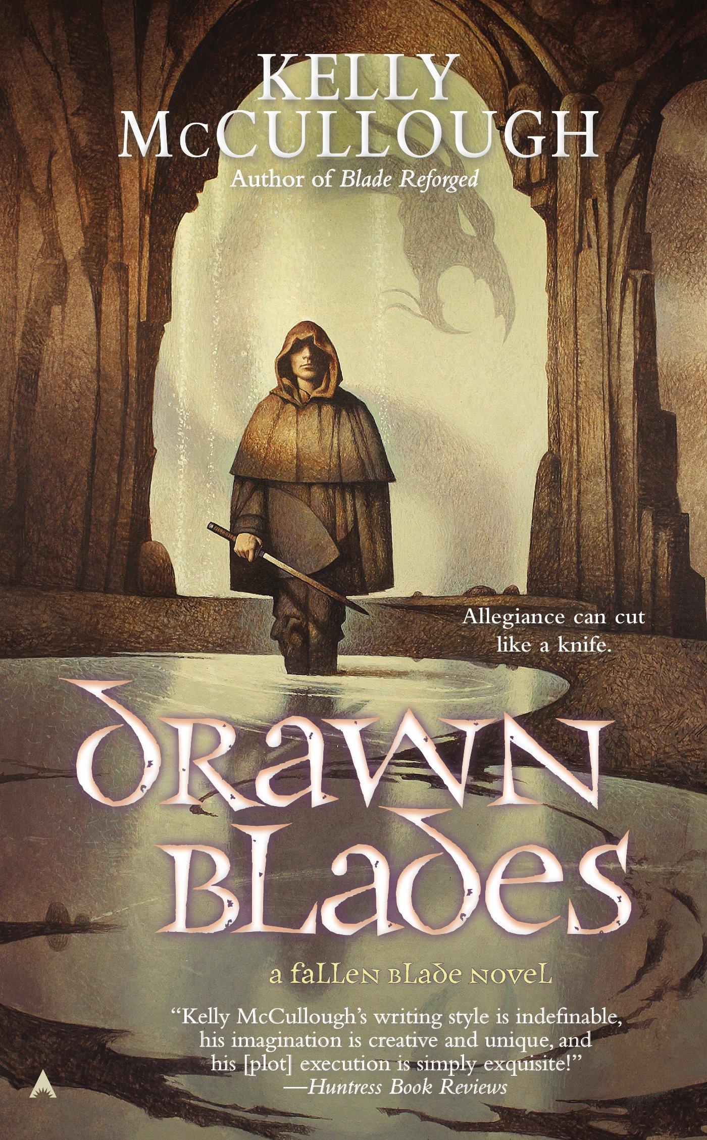 Amazon: Drawn Blades (a Fallen Blade Novel) (9780425270004): Kelly  Mccullough: Books