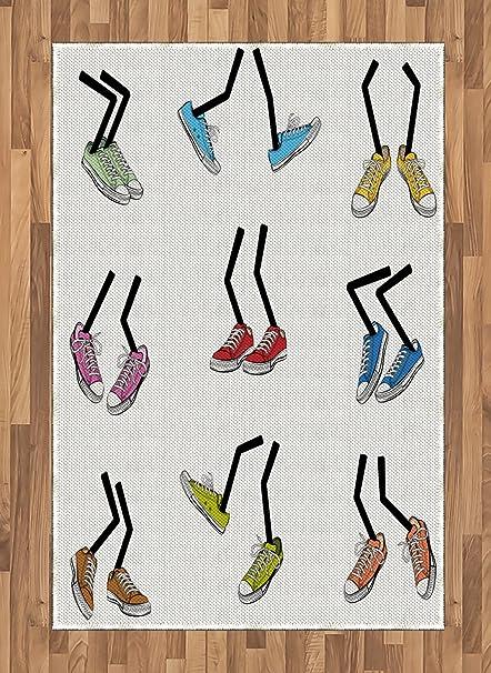 High Heels mit Briefmarken | Comic shoes & flip flops