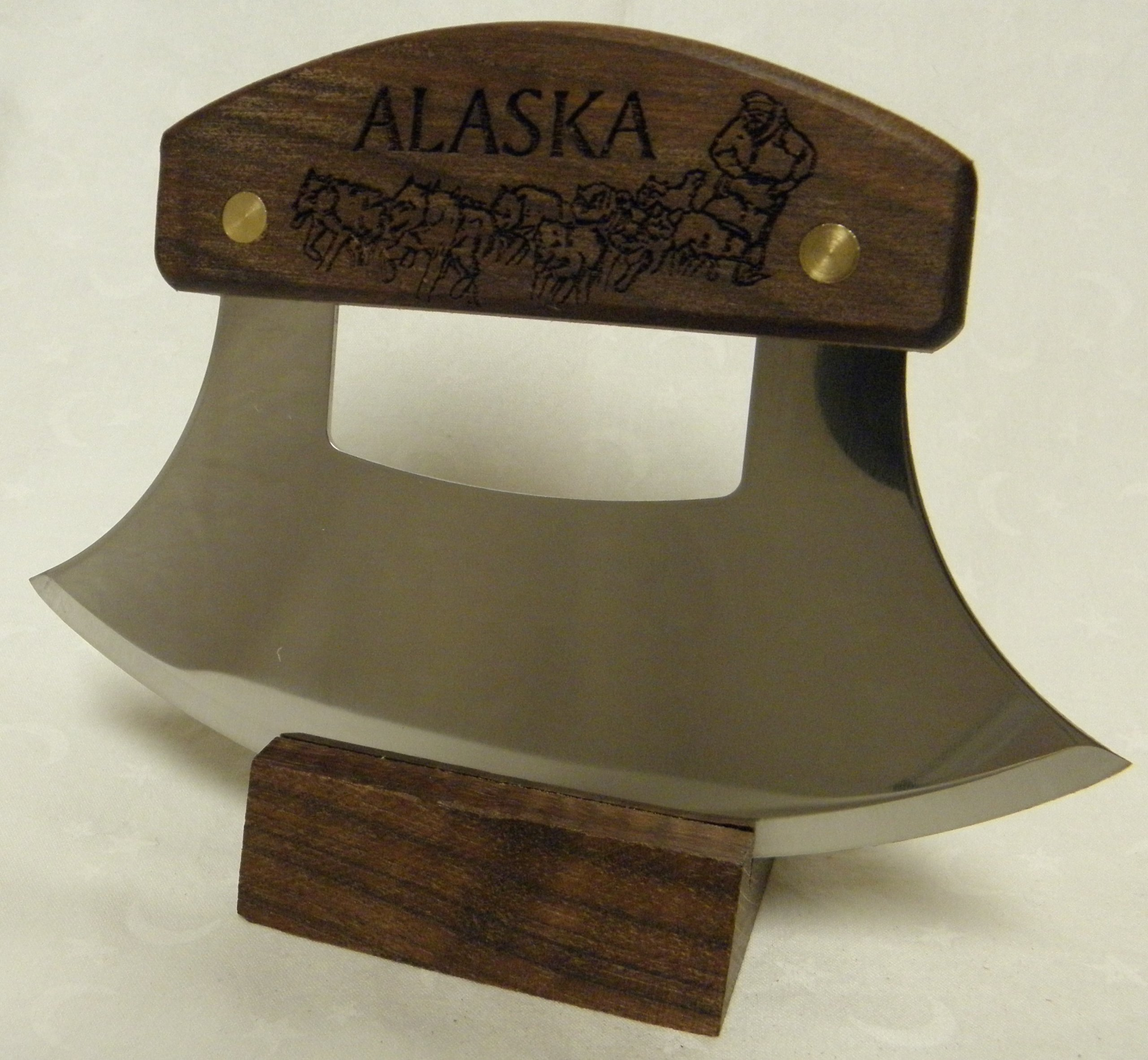 Alaskan Ulu, Inupiat Style with ''Dogsled Team'' Etched Walnut Handle, 6''