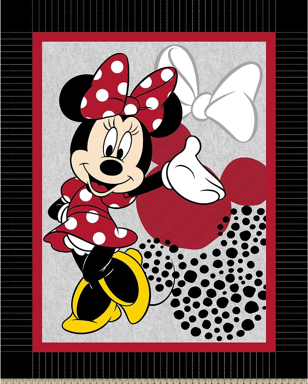Disney 60853-110C831 Made by Minnie No Sew Fleece Throw Kit Black