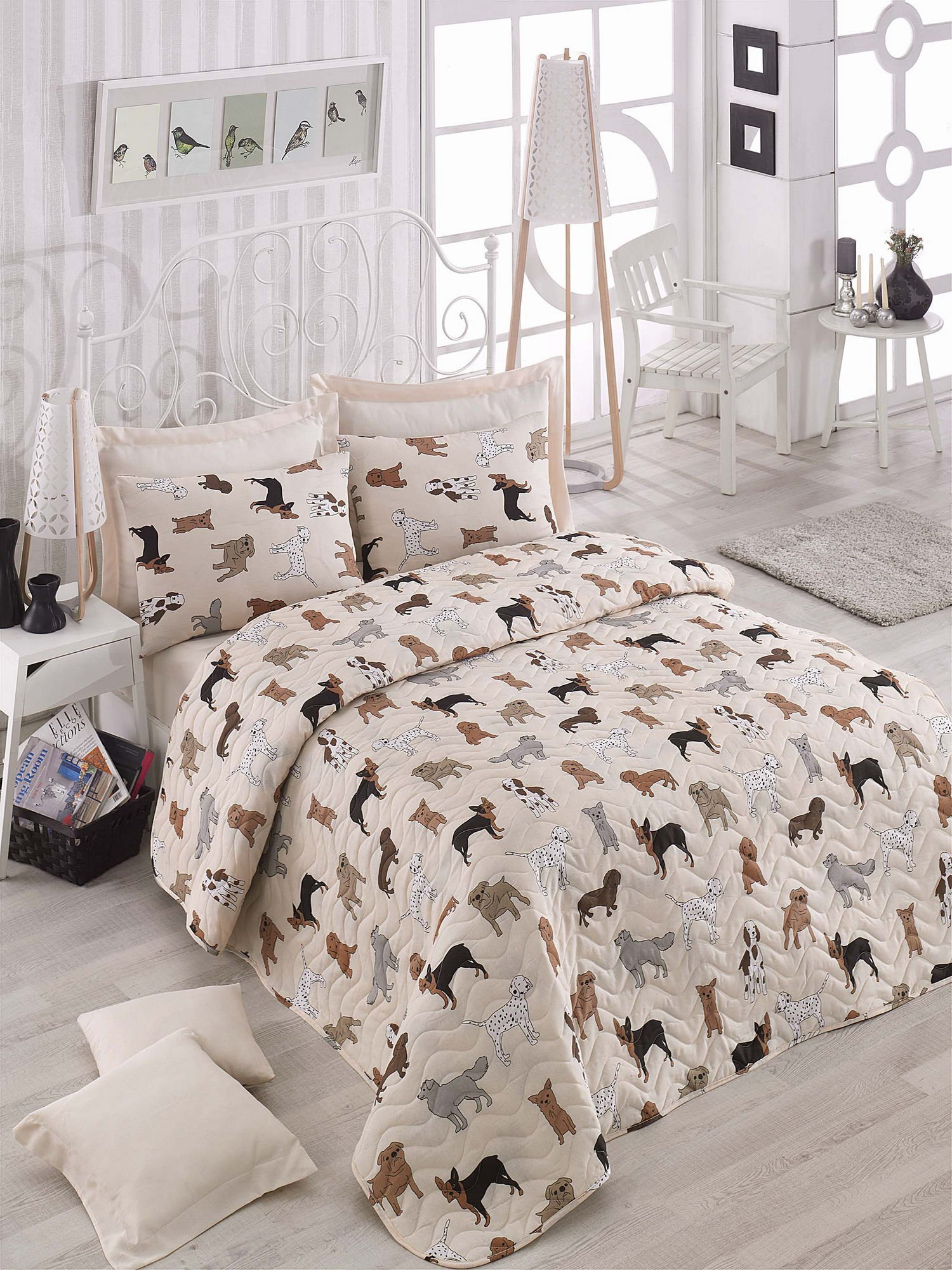LaModaHome Animals Bedding Set, 65% Cotton 35% Polyester - Dog Breeds, Bulldog, Dalmatian - Set of 3-100% Fiber Filling Coverlet and 2 Pillowcases for Twin Bed