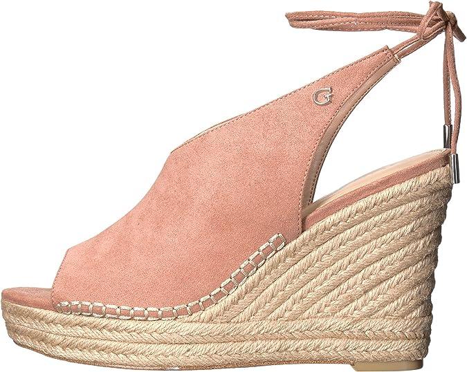 8d4324b845ea Guess Women s Karinda Medium Natural Shoe  Amazon.co.uk  Shoes   Bags