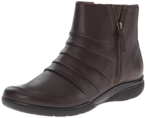 Clarks Women's Kearns Blush Boot, Brown Leather, ...