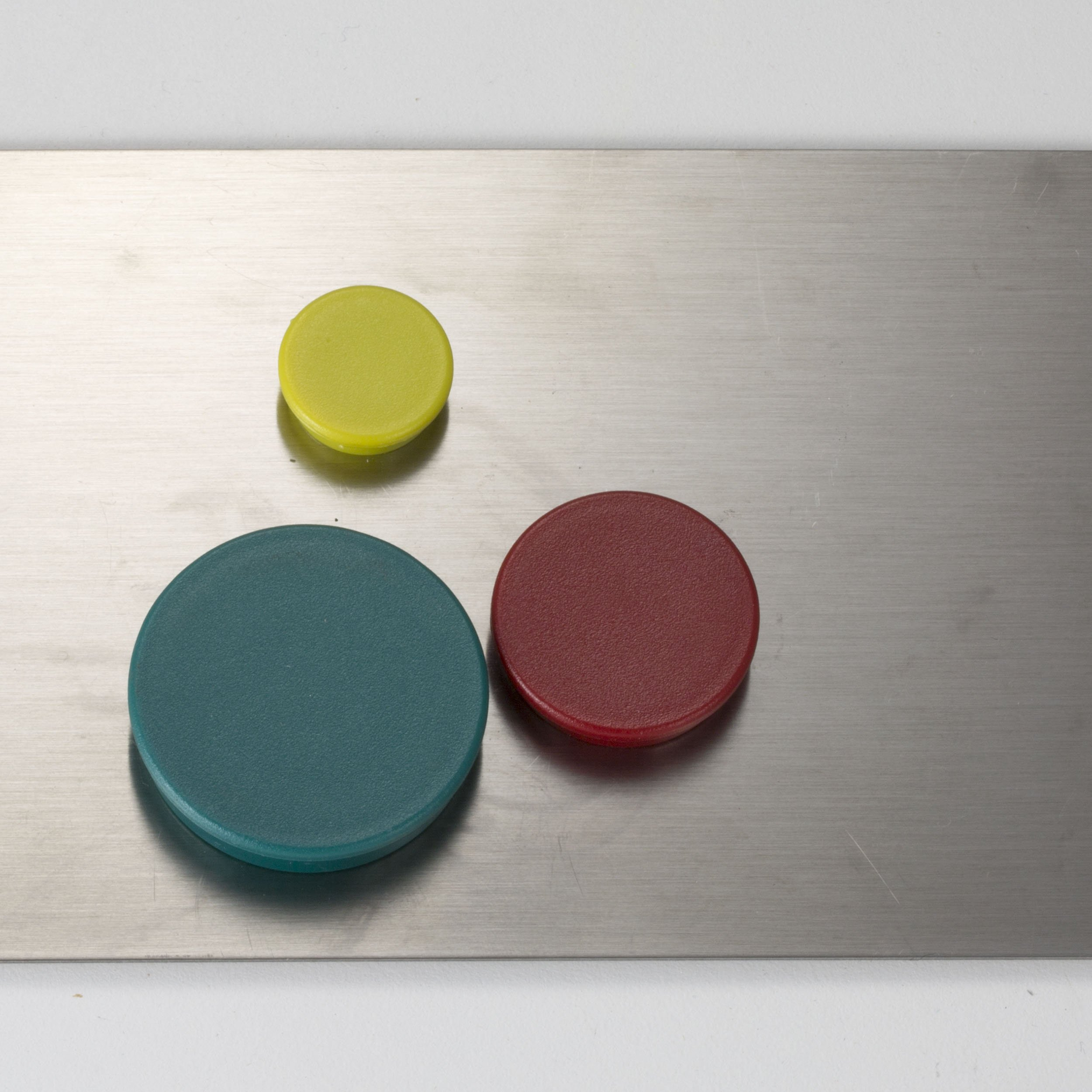 Officemate Assorted Heavy-Duty Magnets, Circles, Assorted Sizes & Colors, 30/Tub (92501) by Officemate (Image #4)