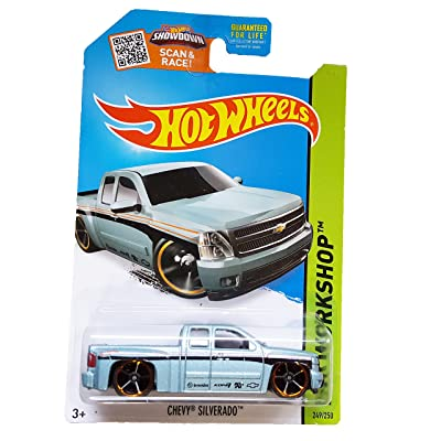Hot Wheels 2015 HW Workshop Chevy Silverado 249/250, Light Blue: Toys & Games [5Bkhe1401050]