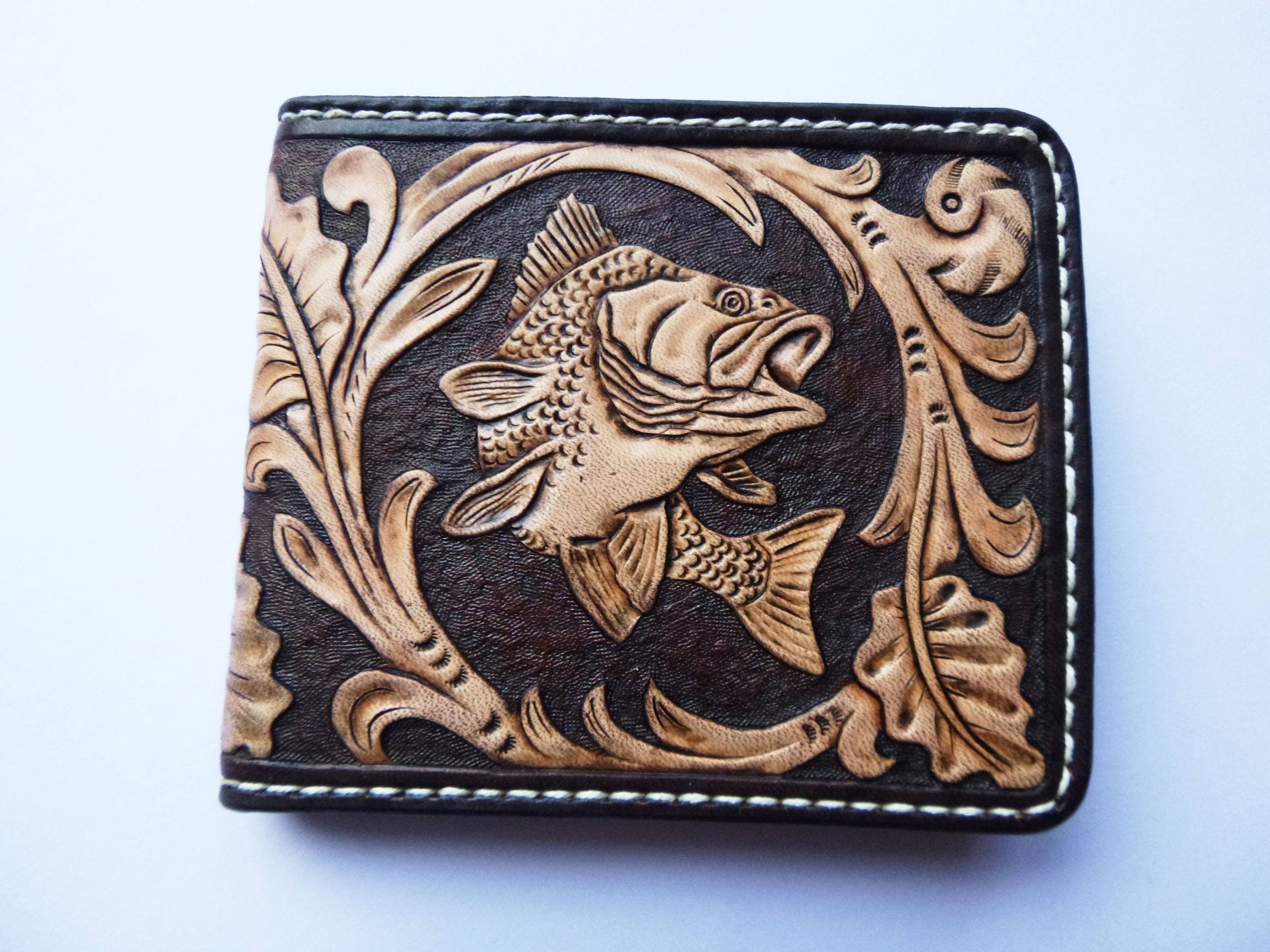 Men's 3D Genuine Leather Wallet, Hand-Carved, Hand-Painted, Leather Carving, Custom wallet, Personalized wallet, Fish, Your Initials