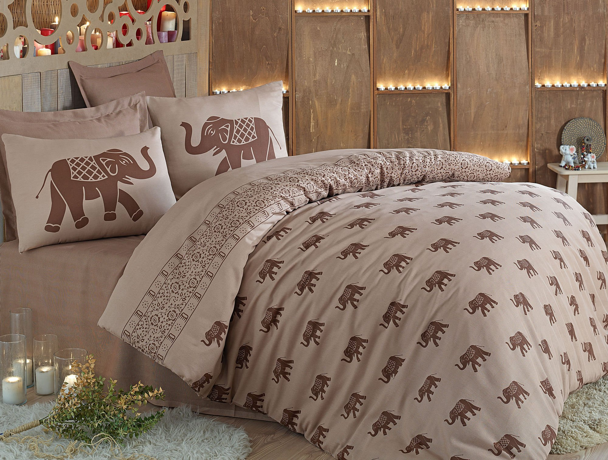 LaModaHome Animals Duvet Cover Set, 65% Cotton 35% Polyester - Elephant Pack with Saddle on It's Back - Set of 3 - Duvet Cover and Two Pillowcases for Full Bed by LaModaHome