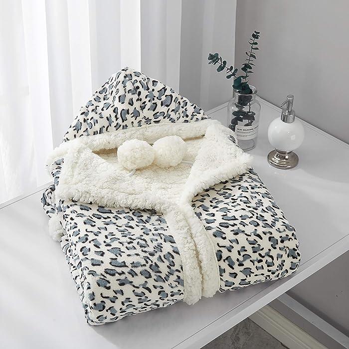Updated 2021 – Top 10 Chic Home Blue Hoodef Blanket