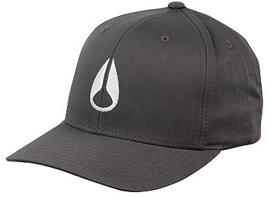 Amazon.com  NIXON Men s Wings Snapback Hat All Black One Size  Clothing 3784904808b3