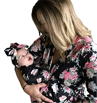 9db3d2f9a6470 Amazon.com: Mommy Robe with Matching Baby Swaddle Blanket and Bow (Small,  Black): Baby