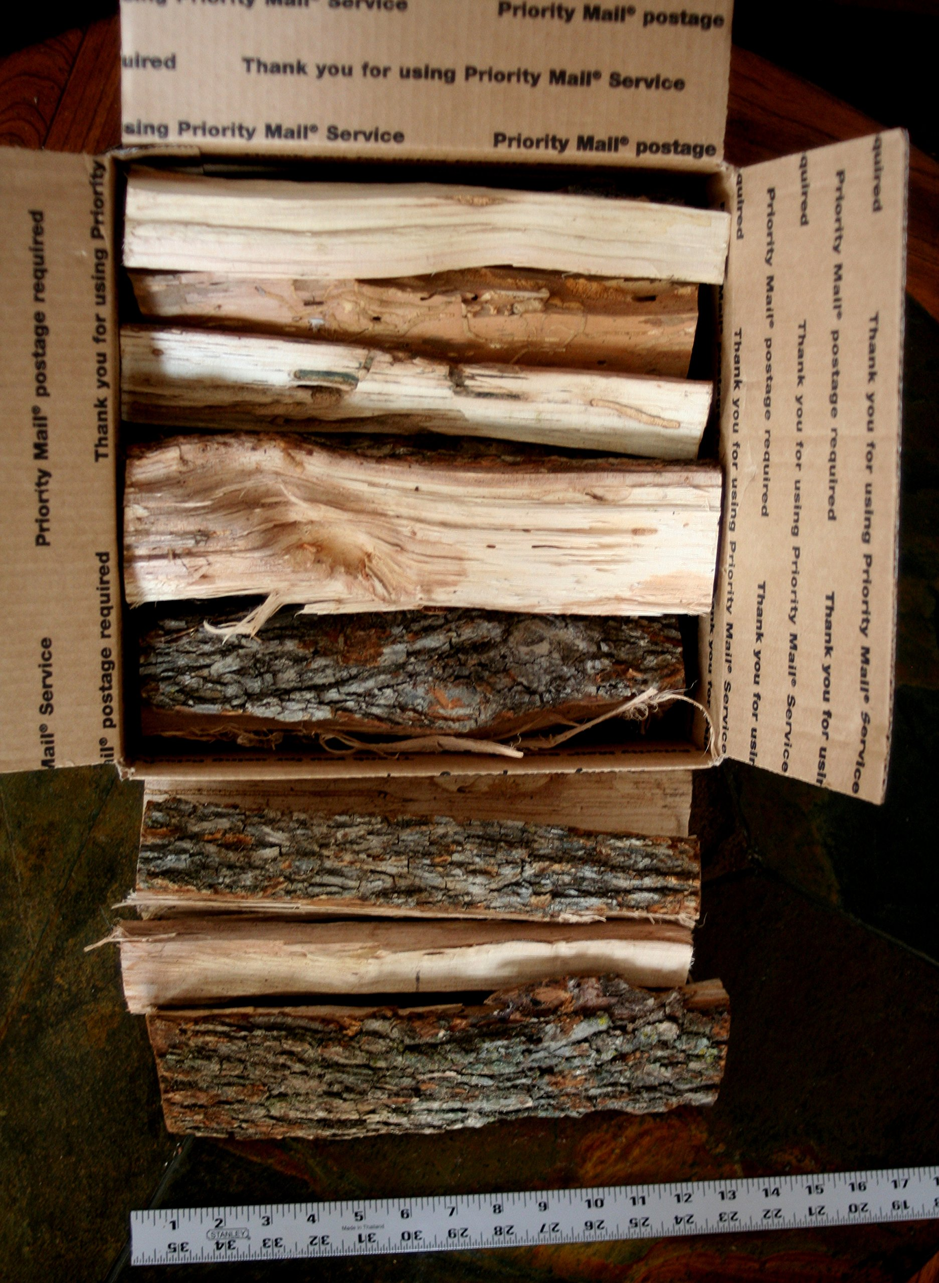 J.C.'s Smoking Wood Sticks - 18# / Approx 1200 Cu Inch Box - Apple