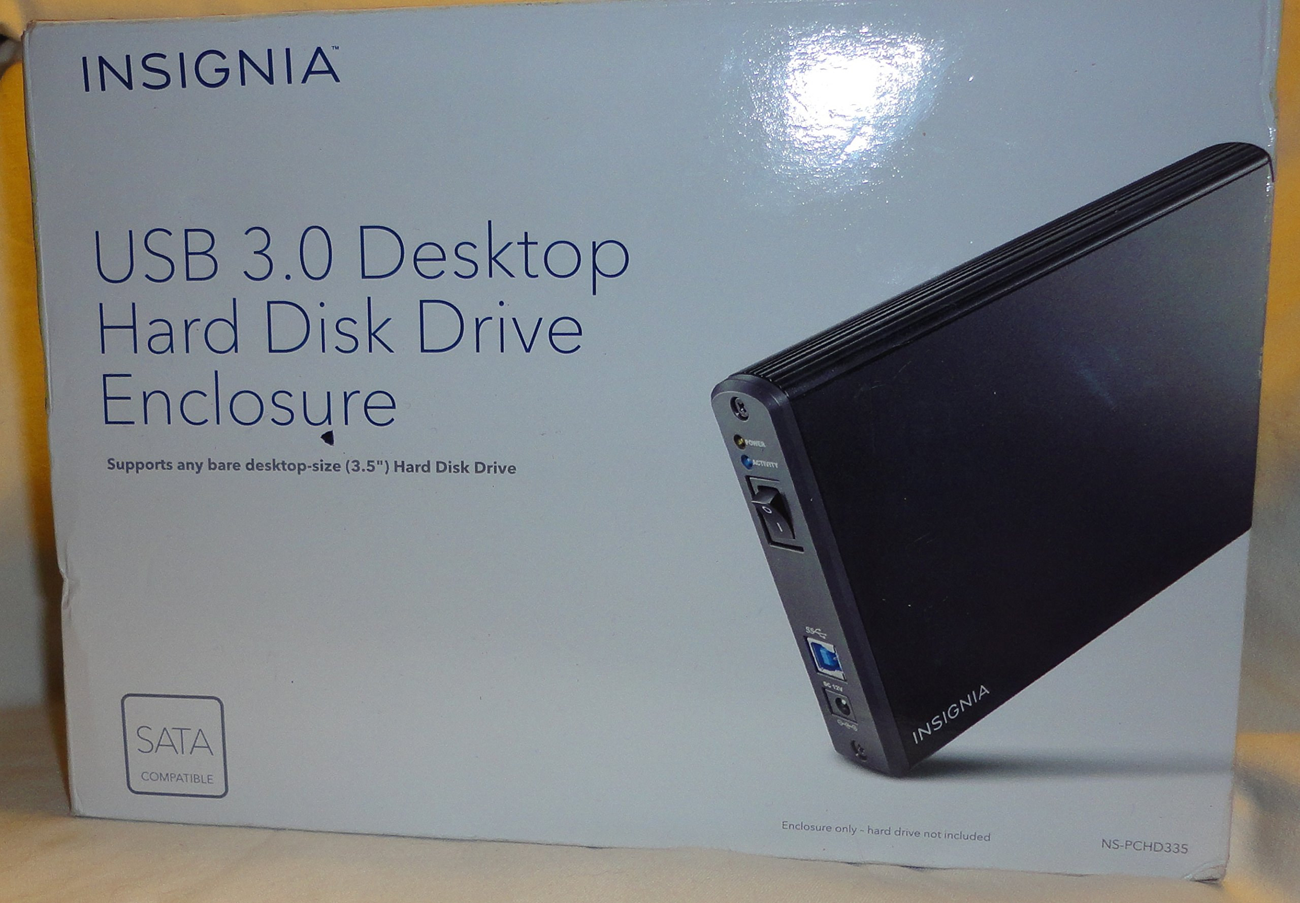 Insignia USB 3.0 Desktop Hard Disk Drive Enclosure