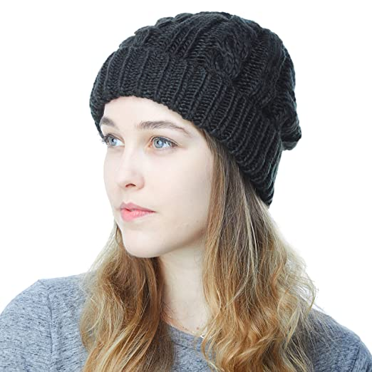 7306fa25 THE HAT DEPOT Unisex Knit Beanie with Fleece Lining Skull Winter Hat (Black)