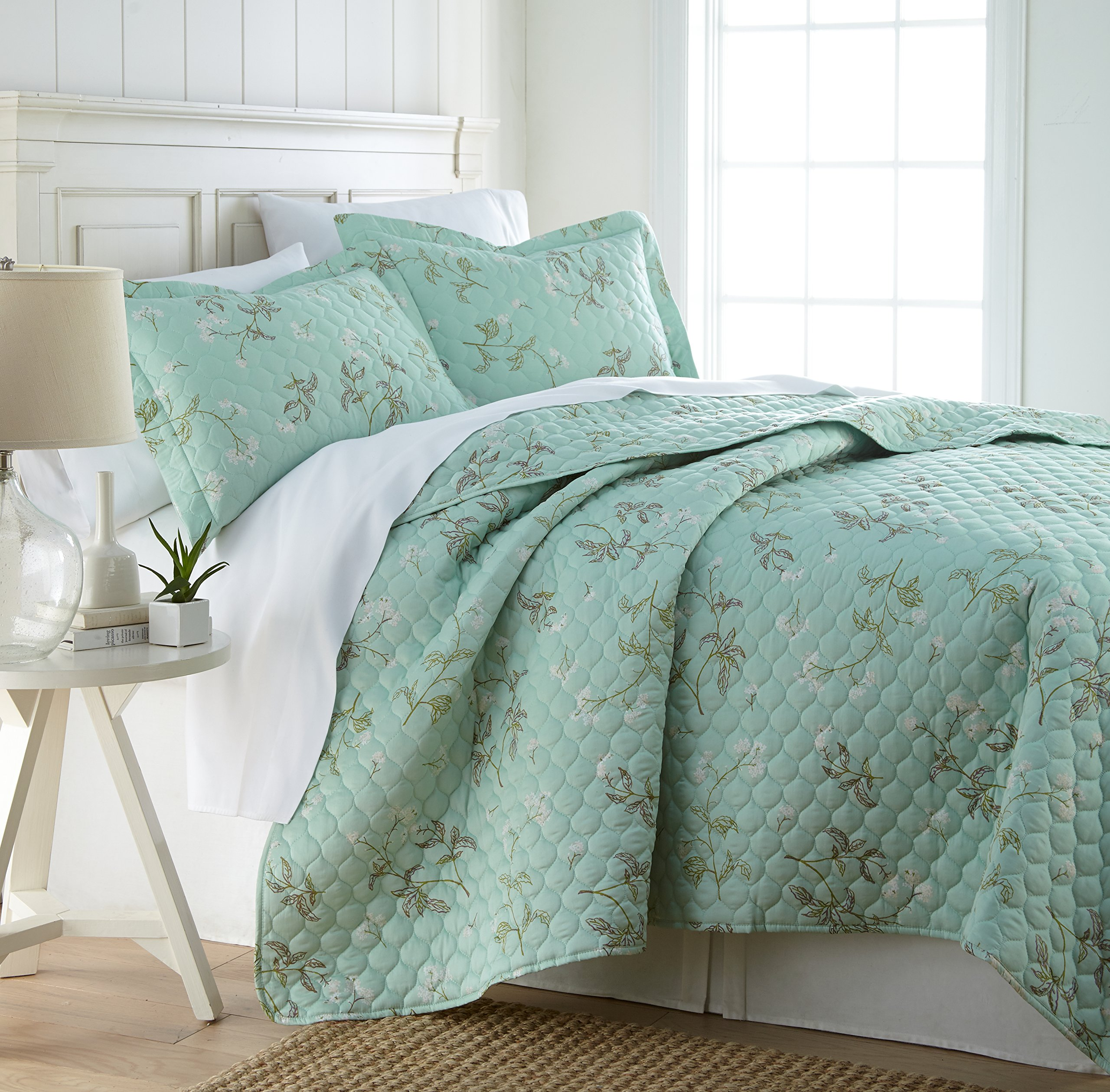 Southshore Fine Linens - BRITEYARN - Myosotis Scorpiodes Print - 300 Thread Count 100% Cotton, 2-Piece Quilt Set, Twin / Twin XL, Green