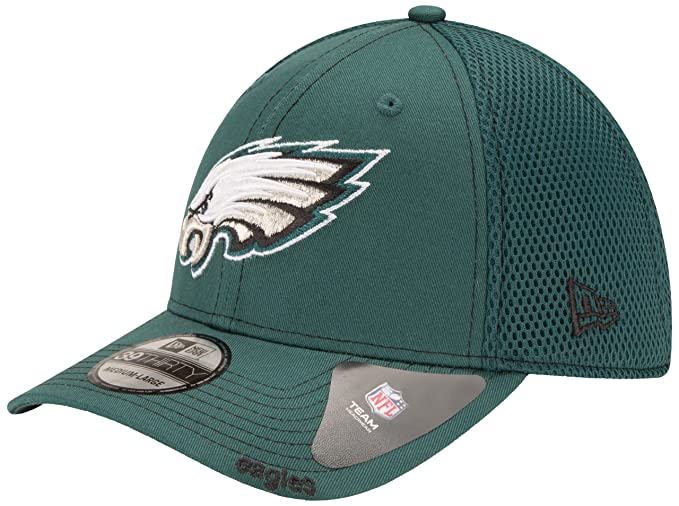 quite nice 211a1 e4f6d Amazon.com   New Era NFL Neo 39THIRTY Stretch Fit Cap   Clothing