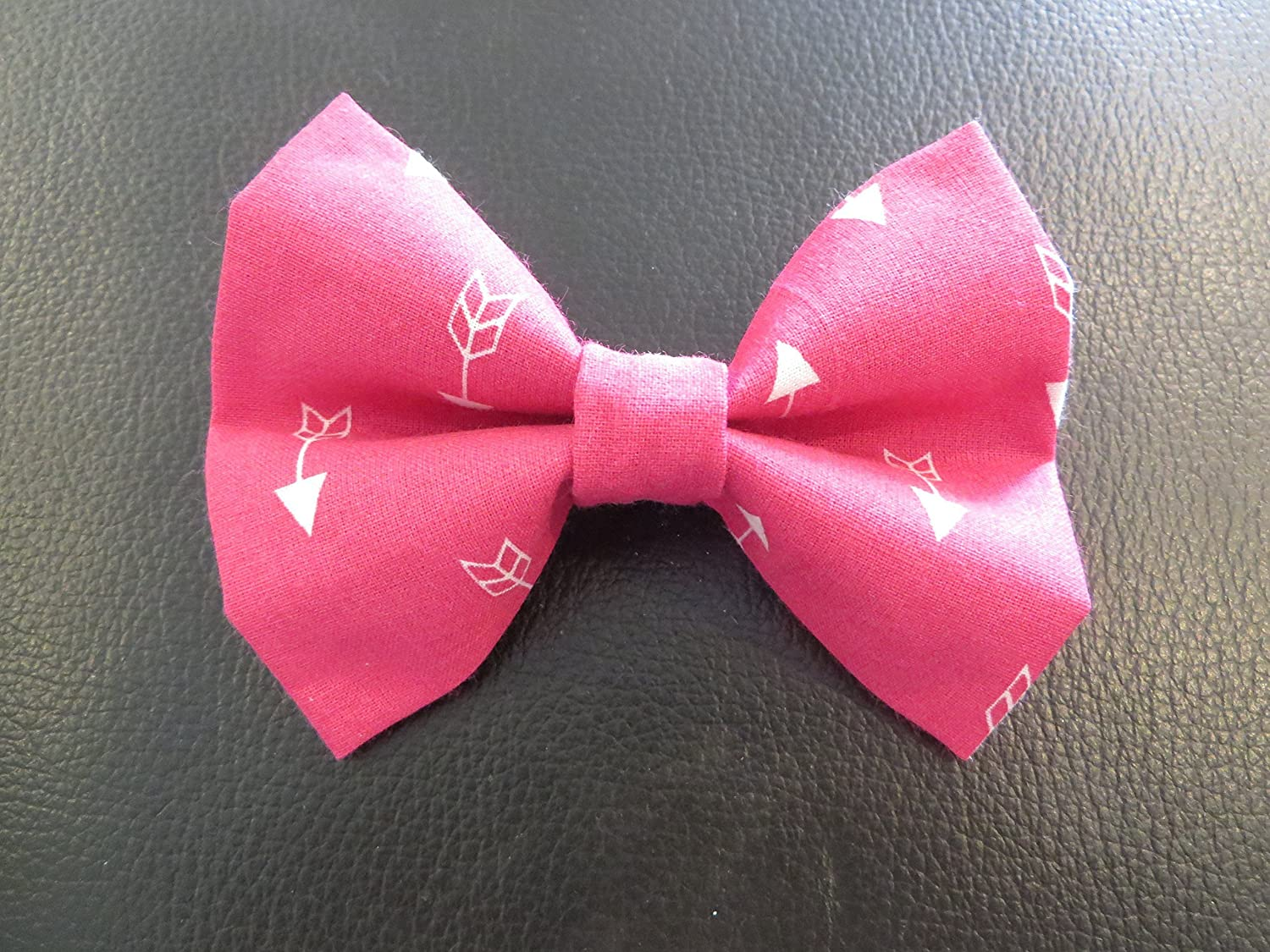 Dog Bow Tie in Pink and White Arrows