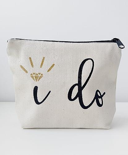 amazon com bridal shower gift bride gift i do canvas makeup bag