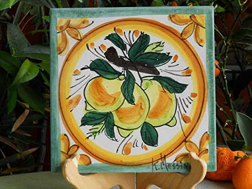 Mattonella in ceramica siciliana dipinta a mano con limoni