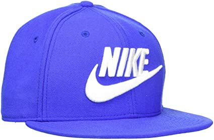 b385fbc5ff3e2c Amazon.com: NIKE Mens Futura True 2 Adjustable Snapback Hat: Clothing
