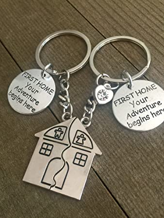 Amazon.com: Primera Casa llavero regalo para los ...