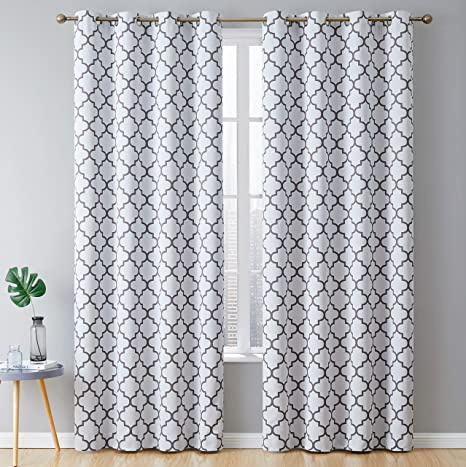 Amazon Com Hlc Me Lattice Print Thermal Insulated Blackout Energy Savings Heat Blocking Room Darkening Grommet Window Curtains Draperies For Bedroom And Living Room Platinum White Grey 52 W X 84 L 2