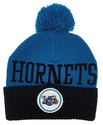 482c986f18783f Mitchell & Ness Charlotte Hornets NBA Pom Knit Hat Beanie Hat Blue/Black:  Amazon.co.uk: Clothing
