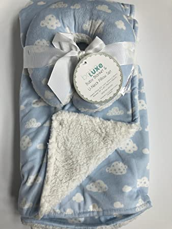 Amazon Com Super Soft Blue And White Cloud Reversable Mink Sherpa 2 Piece Baby Blanket And Travel Pillow Blanket Gift Set Baby