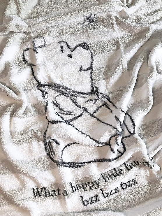 75x100cm Herding Winnie the Pooh Microfibre Fleece Blanket