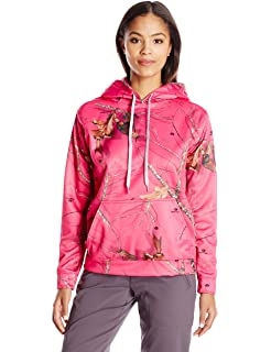 fc093c6acfa Amazon.com  Mossy Oak Wilderness Dreams Women s Pink Break-Up Hoodie ...