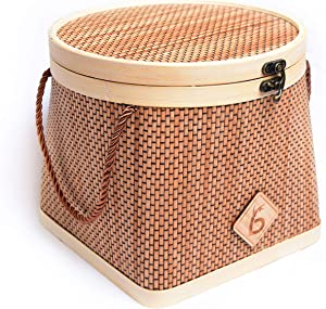 Bamboo basket with cover for Fruits, Veggies, Bread and Snacks. Perfect for kitchen counters and pantry cabinets. All natural bamboo.