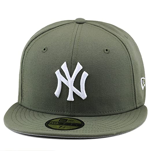 695bbda990a Amazon.com  New Era New York Yankees Fitted Hat Cap Olive White ...