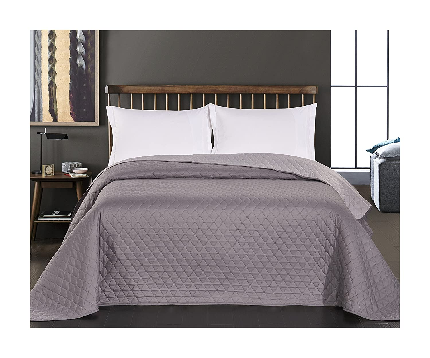 queen king size 220 x 240 cm reversible bedspread quil. Black Bedroom Furniture Sets. Home Design Ideas