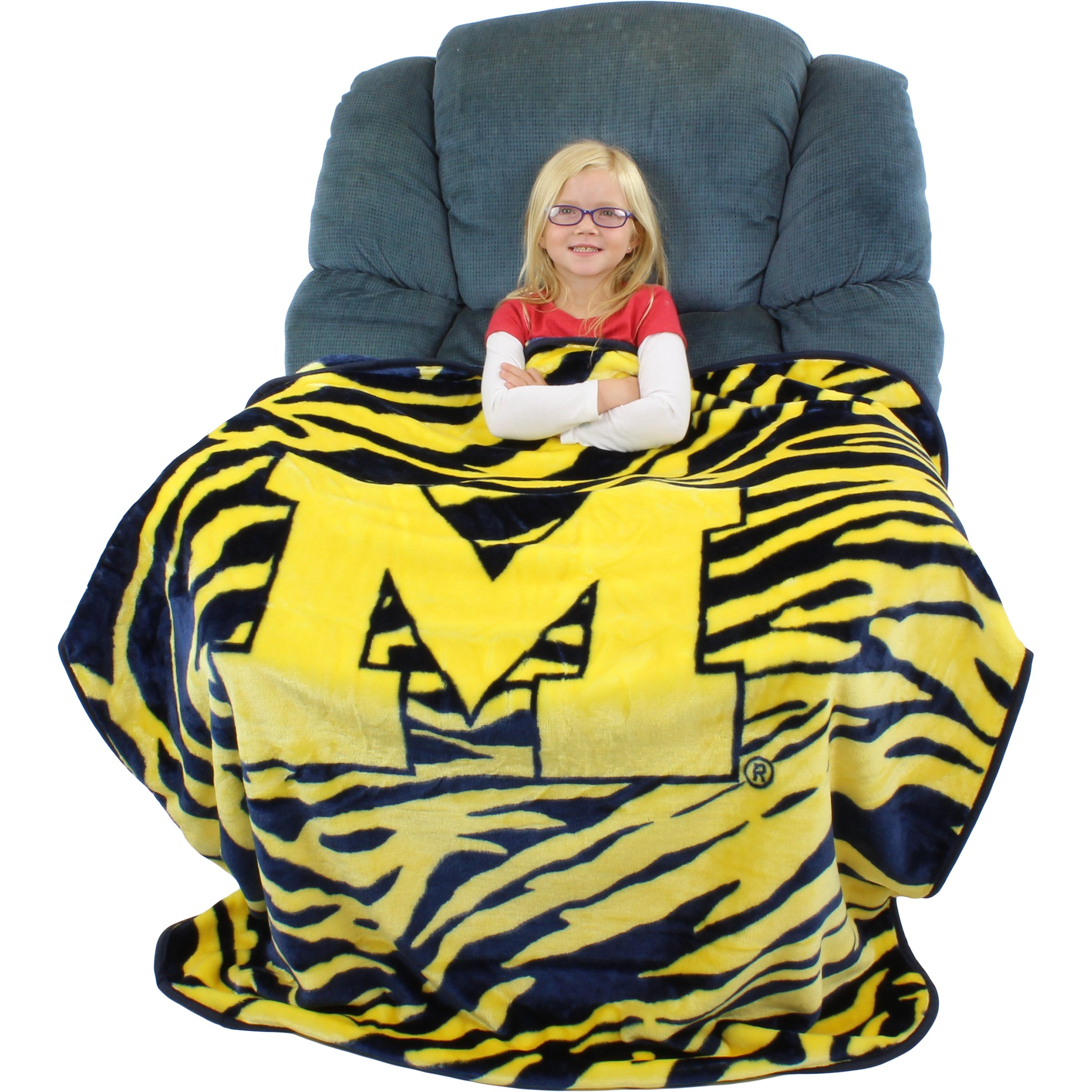 College Covers Raschel Throw Blanket, 50'' x 60'', Michigan Wolverines by College Covers